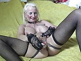 SOLO MASTURBATION PIERCINGS CHAINS BUTTERFLY LOOK DILDO