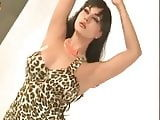 Bollywood actresses public cleavages1