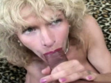 An Oldies Deep Sex Experience While Relaxing On A Room