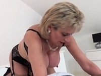 Unfaithful english mature lady sonia flaunts her mons64dFa